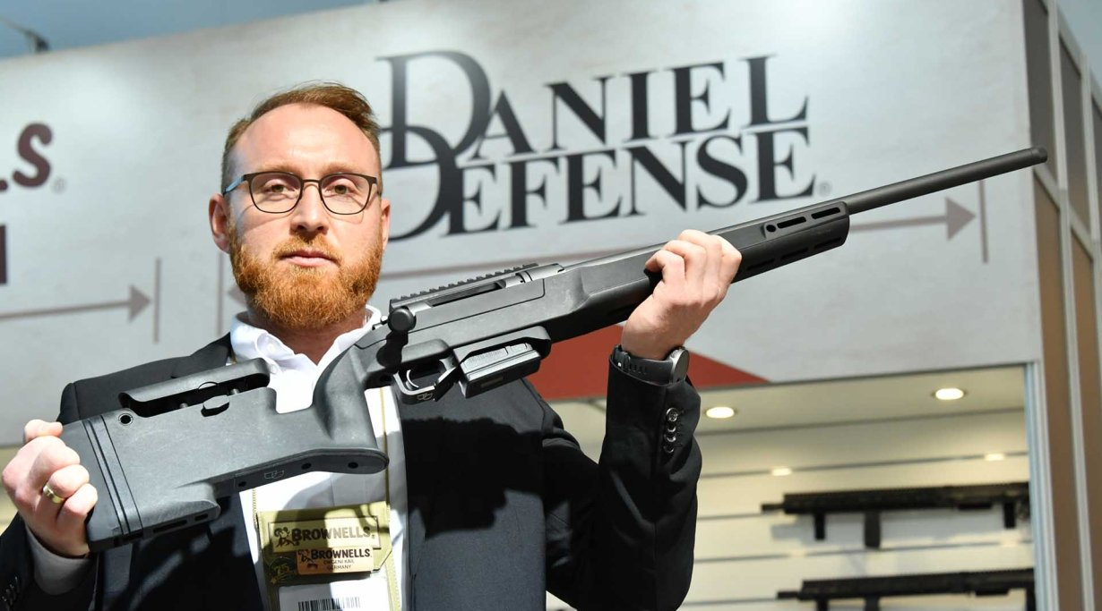 Daniel Defense Delta 5 rifle auf der IWA 2019