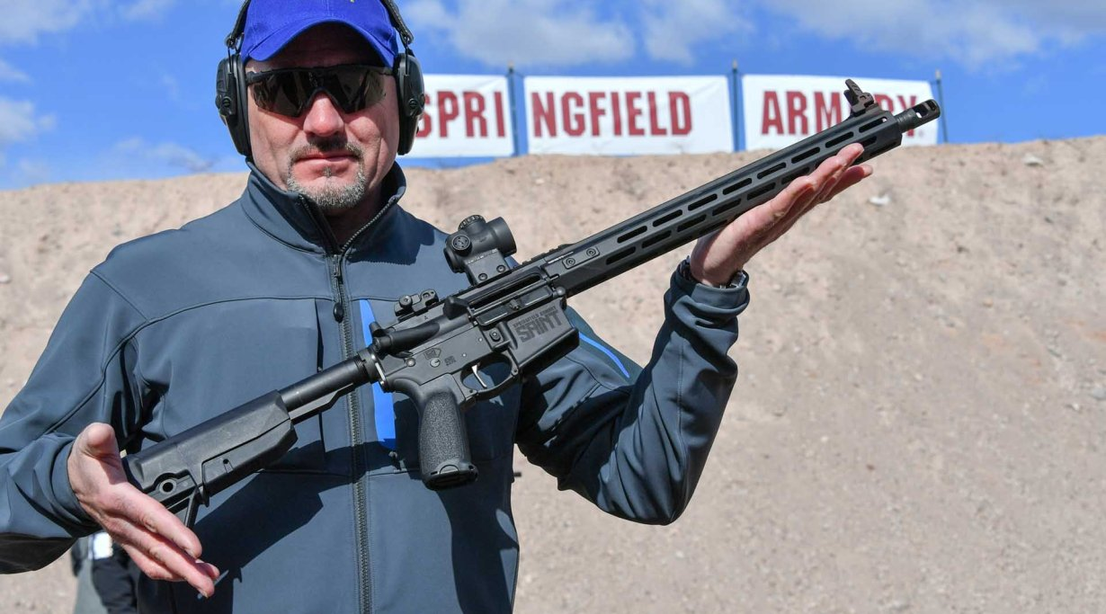 Springfied Armory AR-15 Saint Victor in .223 Remington präsentiert auf dem Industry Day at the Range.