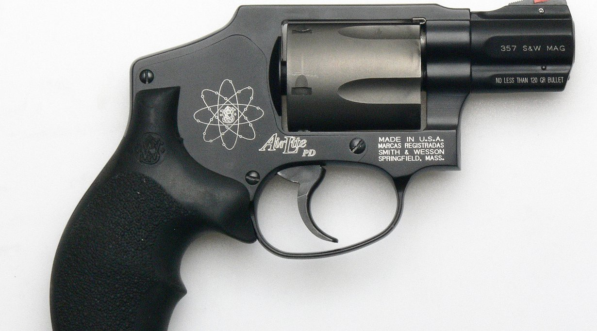 Smith & Wesson 340 PD in .357 Magnum
