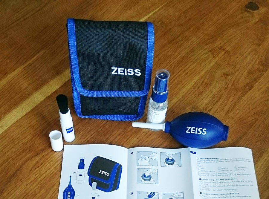 Der Inhalt des ZEISS Lens Cleaning Kits