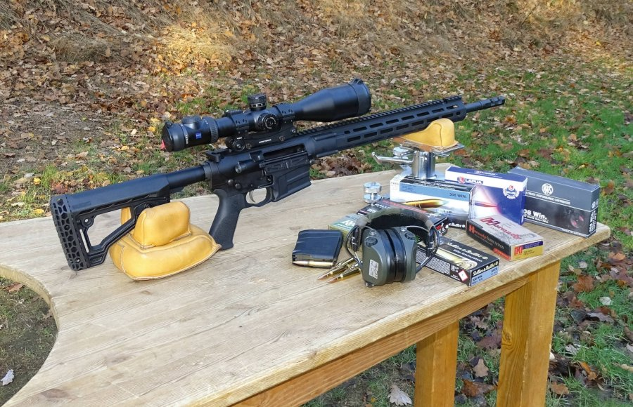 Savage MSR 10 Hunter in der Testkonfiguration mit Munition