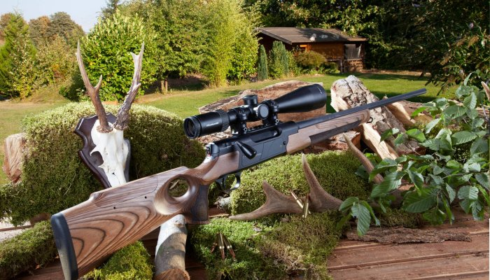 rifles: Test: Strasser RS 14 Evolution Tahr straight-pull bolt-action rifle in 6.5 Creedmoor with new thumbhole stock