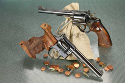 Sportliche Revolver in .22 Long Rifle