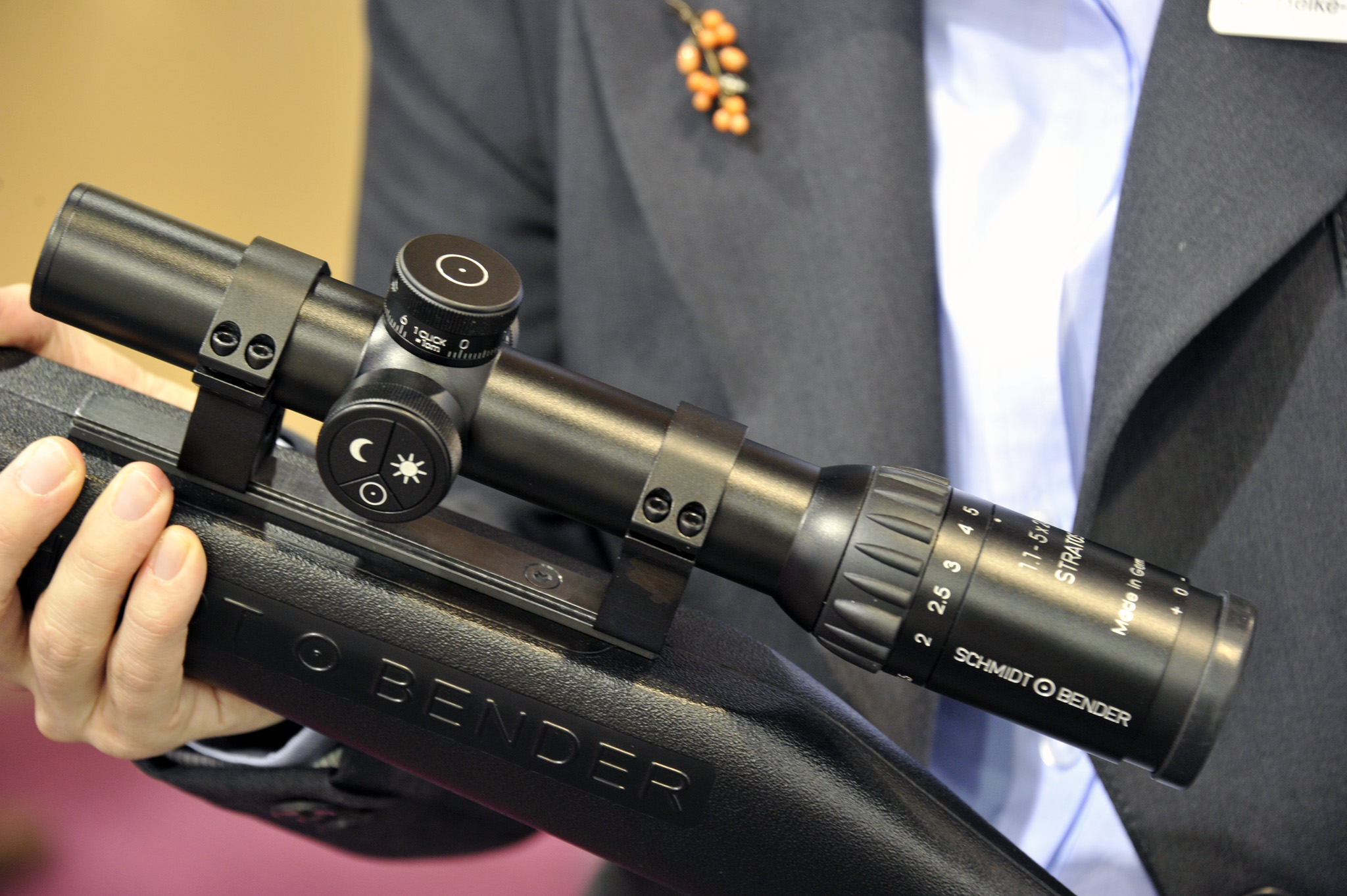Schmidt & Bender Stratos 1,1-5x24 Battue riflescope. Note the new, removable and programmable Flash-Dot illumination unit on the left side of the scope