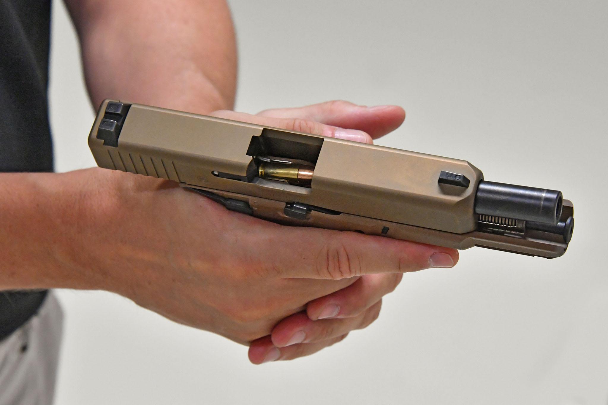 glock 19 mhs modular handgun system all4shooters com rh all4shooters com glock 19 manual safety glock 19 user manual