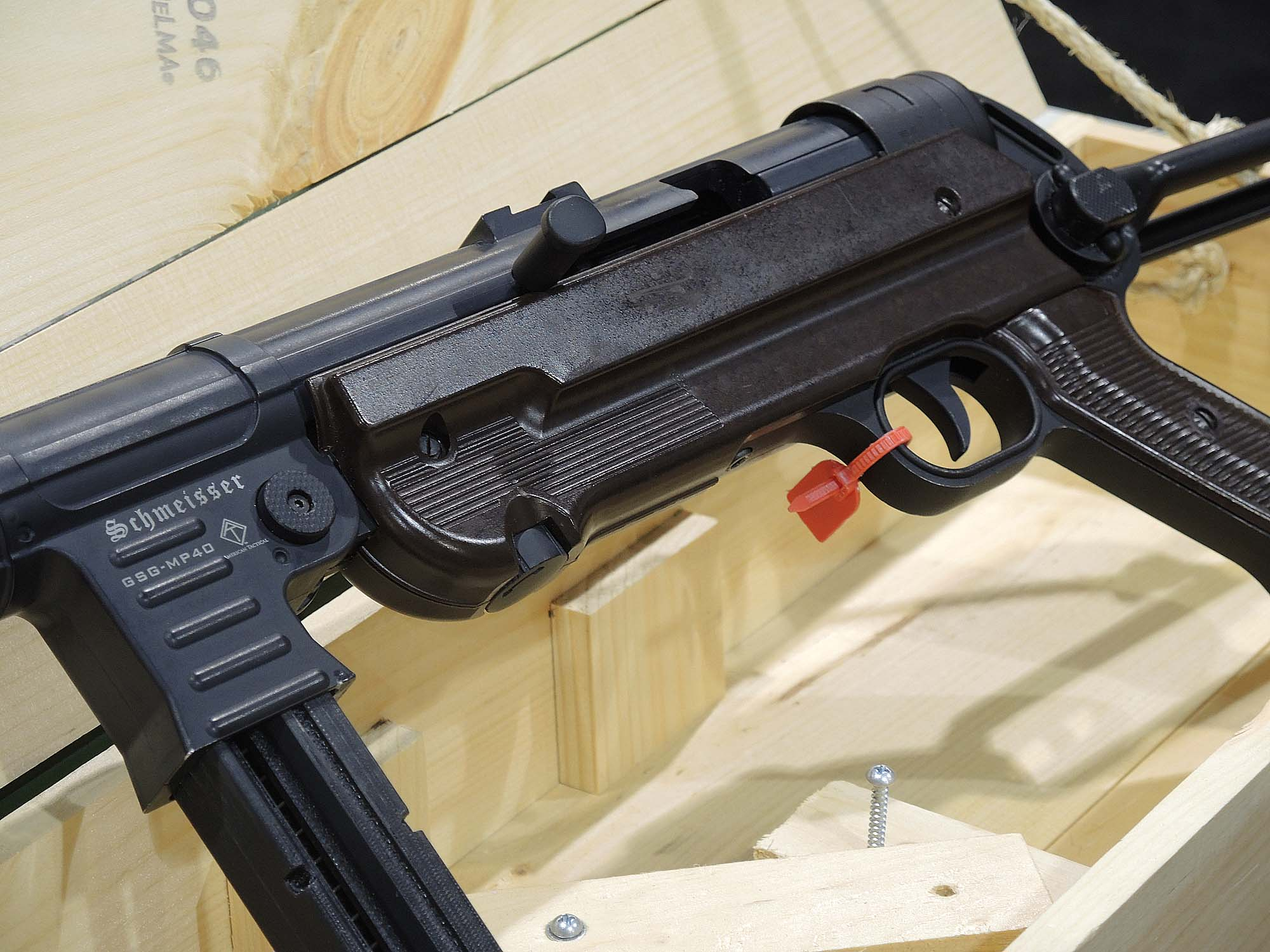 Modern polymers replace the original bakelite used to build the lower receiver housing on the Mp40