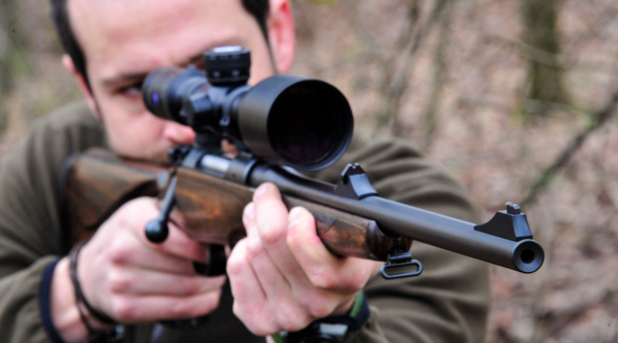 Mauser M12 MAX bolt action rifle