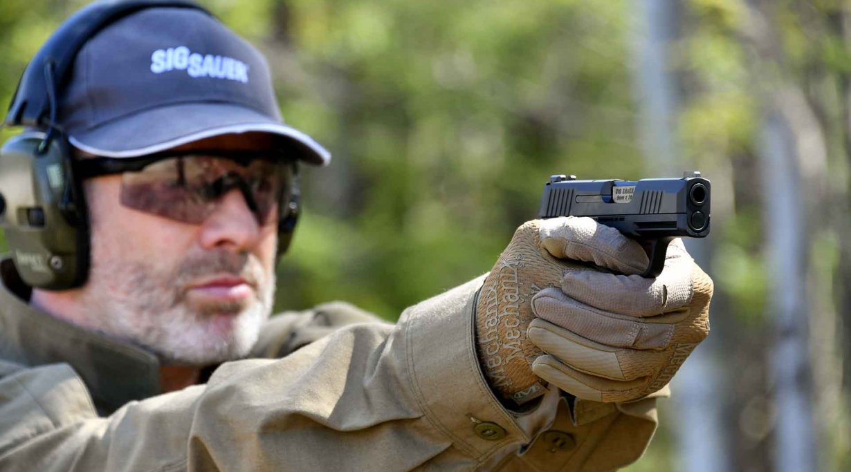 Testing the SIG Sauer P365 sub compact 9mm pistol