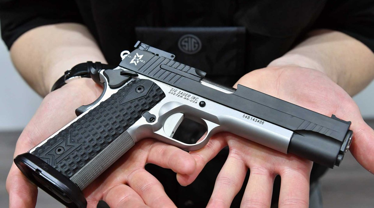 SIG Sauer P1911 Max, A 1911 pistol chambered in .45 Auto