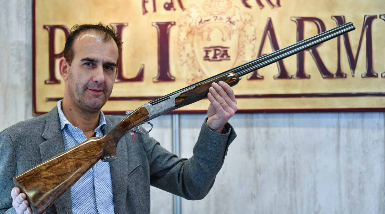 The Poli Diamond over-under shotgun at IWA 2018