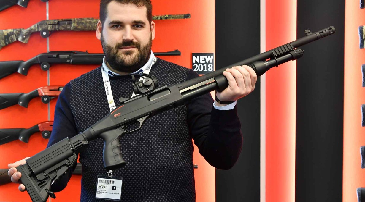 Winchester SXP XTRM Defender, pump-action shotguns in in 12 Magnum ga