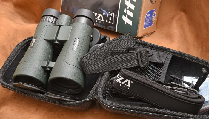 Delta Optical: Delta Optical 8x56 binoculars, inexpensive top performance