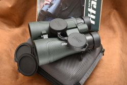 Lens and eyepiece covers of the Delta Optical 8x56 binoculars