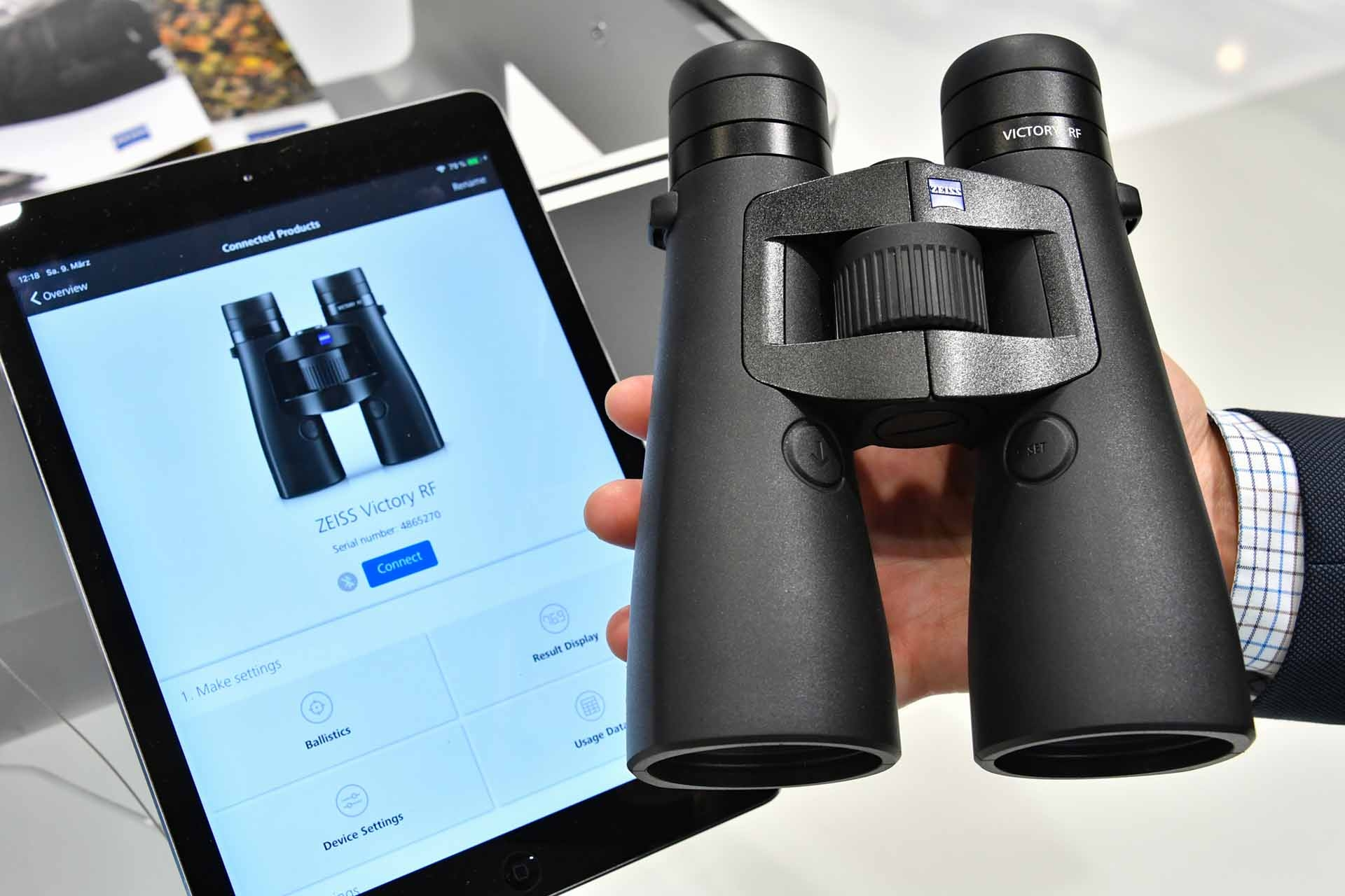 ZEISS Hunting App with Bluetooth connection.