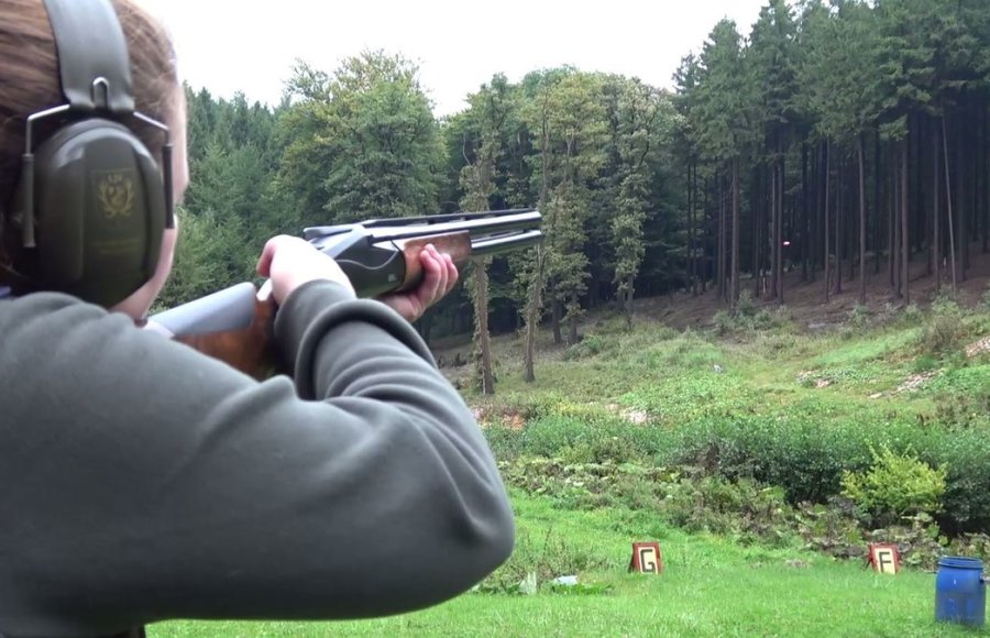 Young hunter learns about shotguns with the Benelli 828U over and under