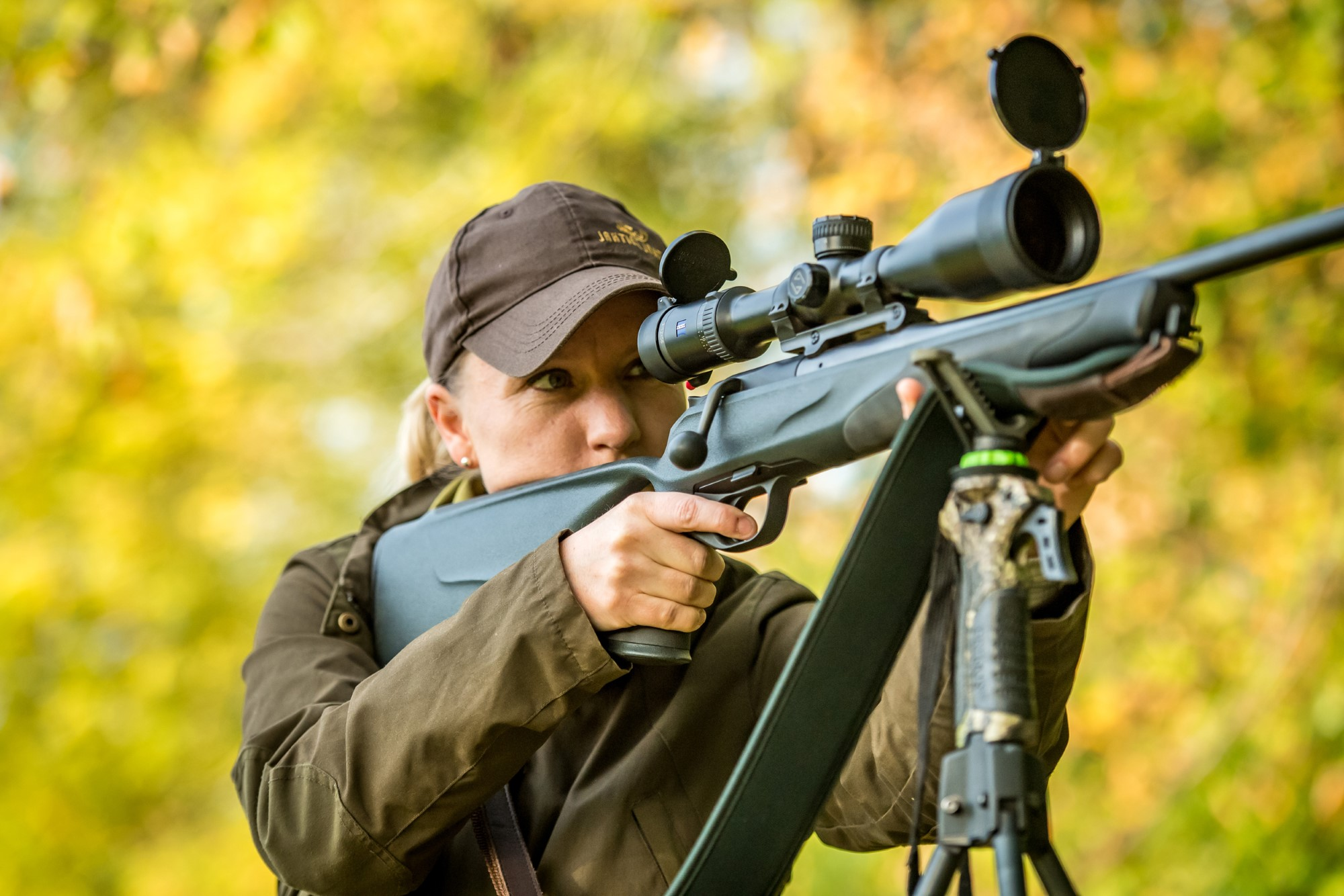 Huntress with a Blaser R8 in 30-06 with a Zeiss scope. Photo credtit: Sarah Farnsworth.
