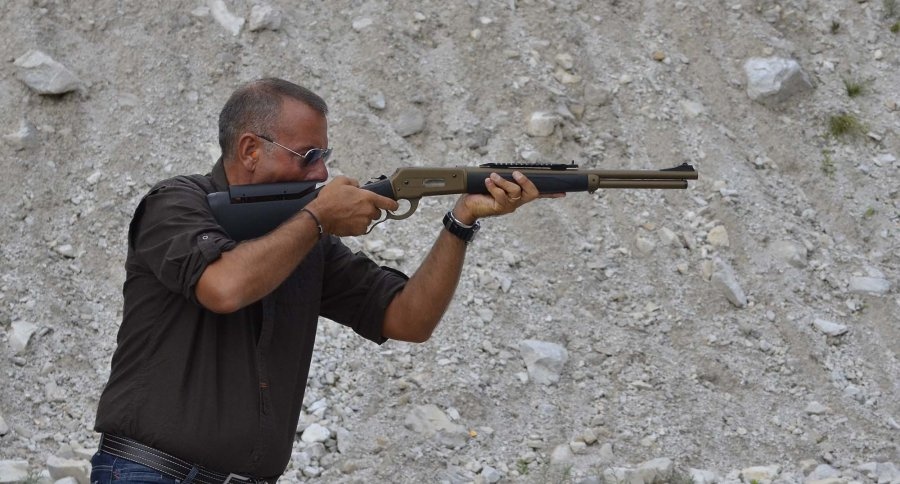 Shooting the Pedersoli Boarbuster Mark II on the firing range