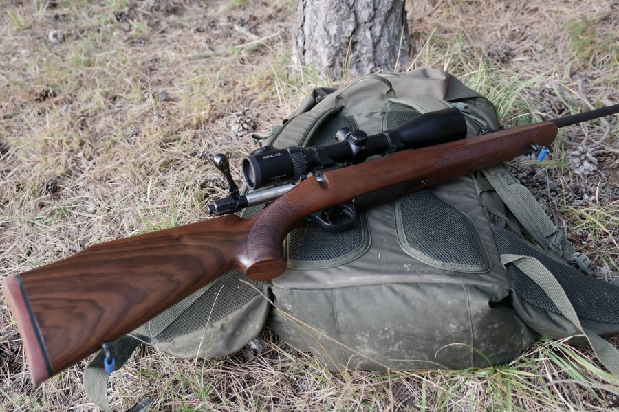 Sabatti Rover bolt action rifle in .308 Win equipped with a Swarovski Z6i riflescope