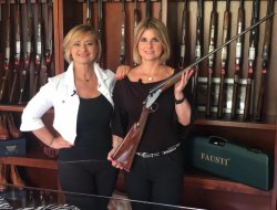Barbara and Giovanna Fausti with the DEA SL .410 bore side-by-side.