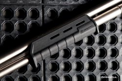 MagPul MOE forend for Remington 870 shotguns