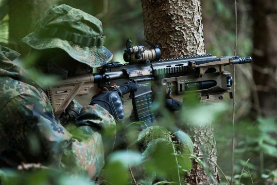 HK416 A7 assault rifle