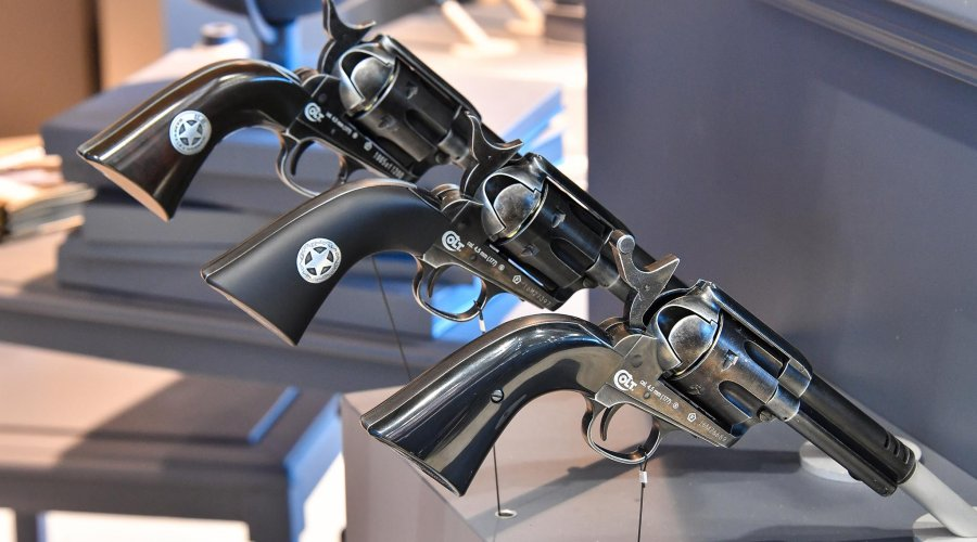 UMAREX CO2-Revolver in different models