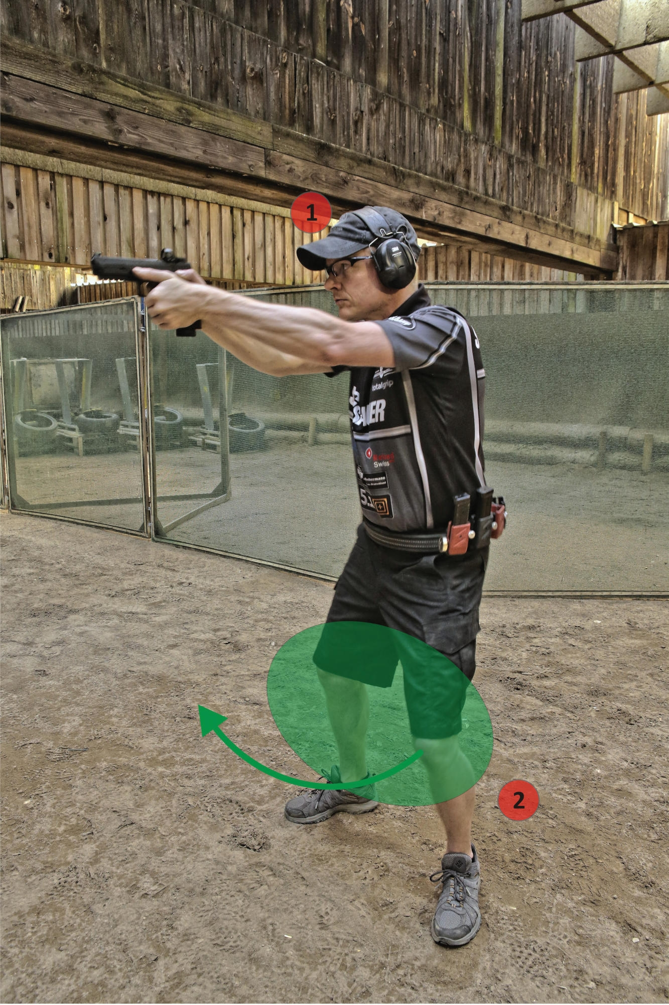 Dynamic handgun shooting and IPSC shooting techniques: target transition