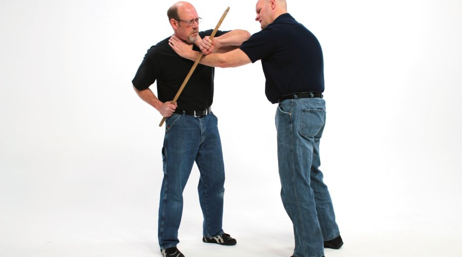 Sequence of defense techniques with the walking stick