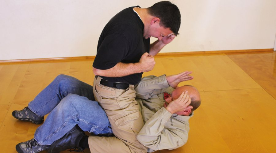 Self-defense and unarmed defense part 6 - ground fighting