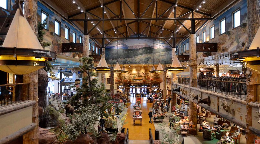 Entrance of the Bass Pro Shop