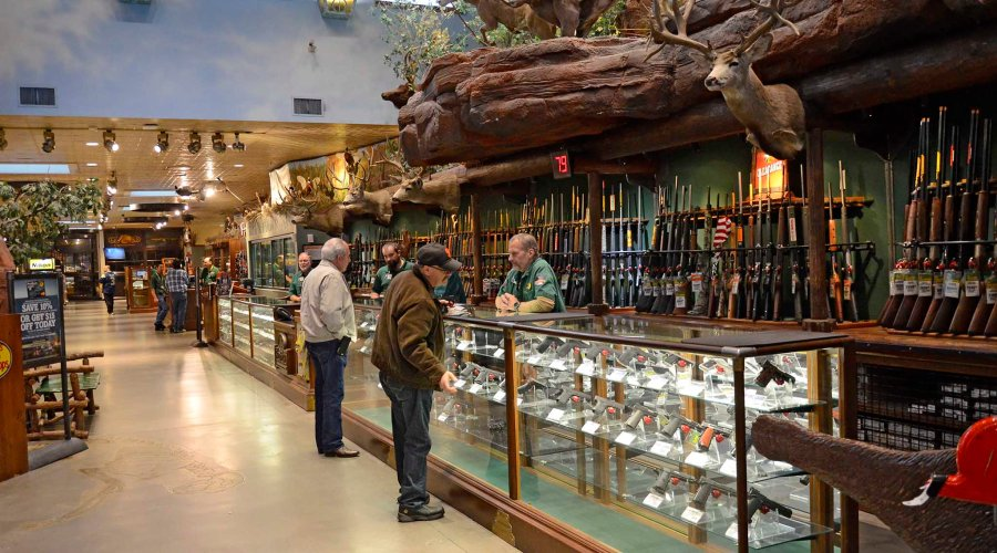 The Las Vegas Quot Bass Pro Shops Outdoor World Store