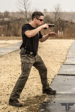 Shooter in head position in Combat shooting Stance