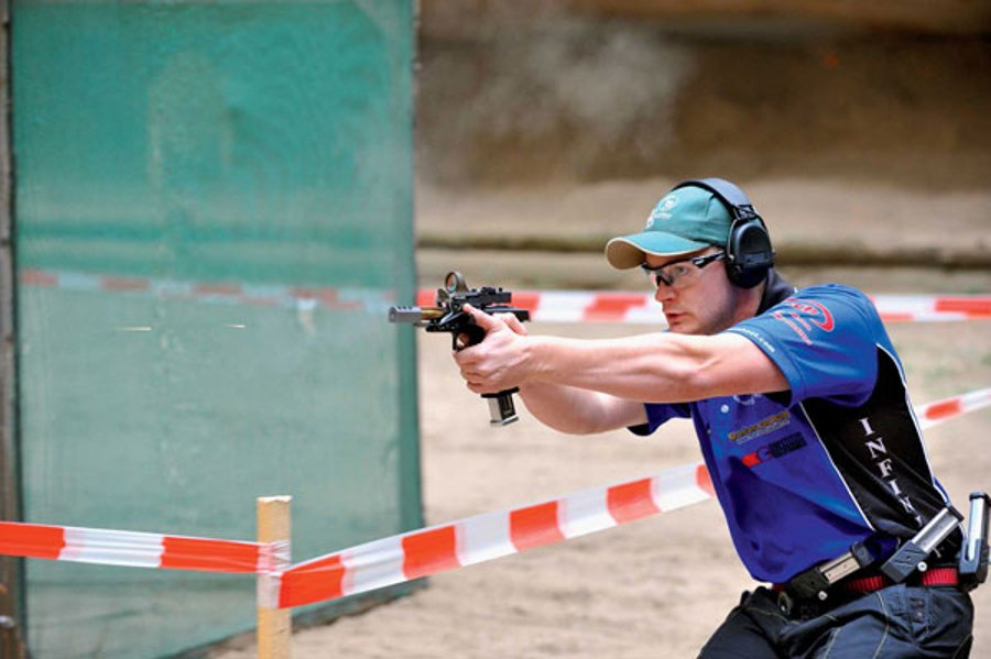 Marksmans in IPSC Open Division with the race gun SIG Sauer X-Five Open