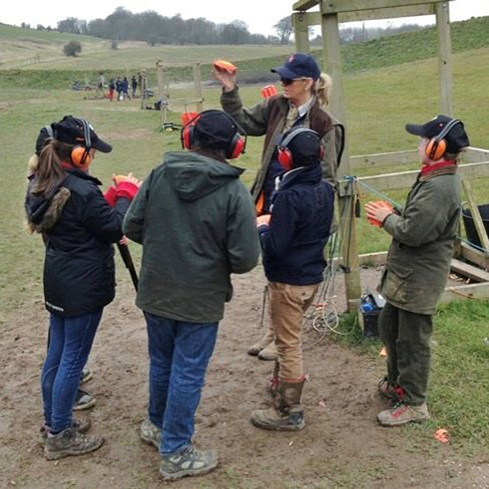 Shooting instructor Mhairi-Ann Troup coaching starshots group