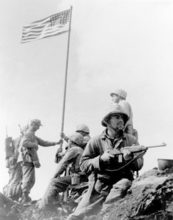 American soldiers with the US M1 carbine