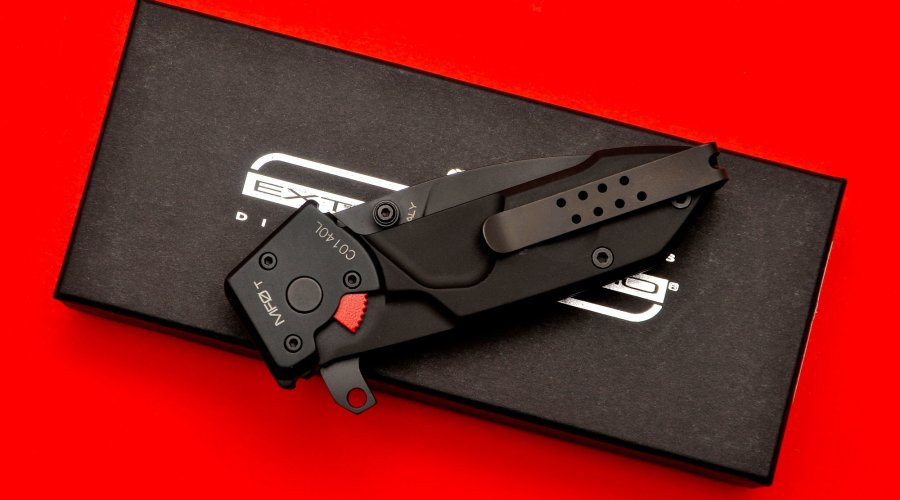 Extrema Ratio MF0T pocket knife, folded
