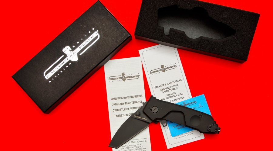 Extrema Ratio MF0T pocket knife, partially folded
