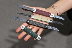 Maserin Sessantesimo knives in various colors.