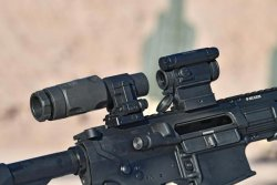 Aimpoint Comp M5 mounted on a rifle