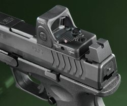 Test: HS Produkt XDM-9 4.5 OSP, optics-ready 9mm polymer-framed pistol