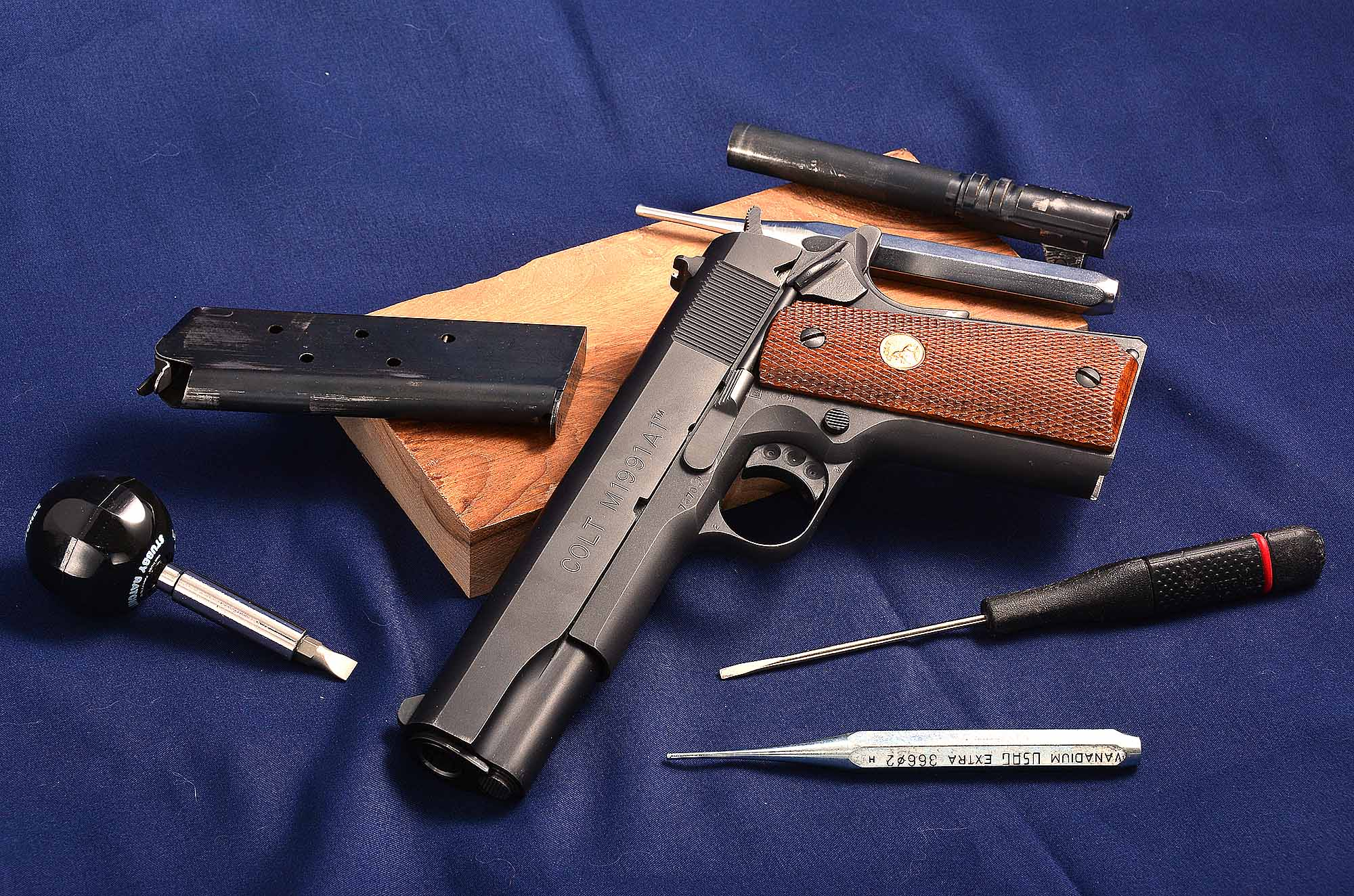 Colt 1911 Government 45 Acp Complete Disassembly