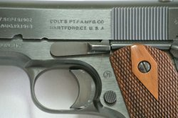 Colt 1911 WW1 replica: markings on the barrel