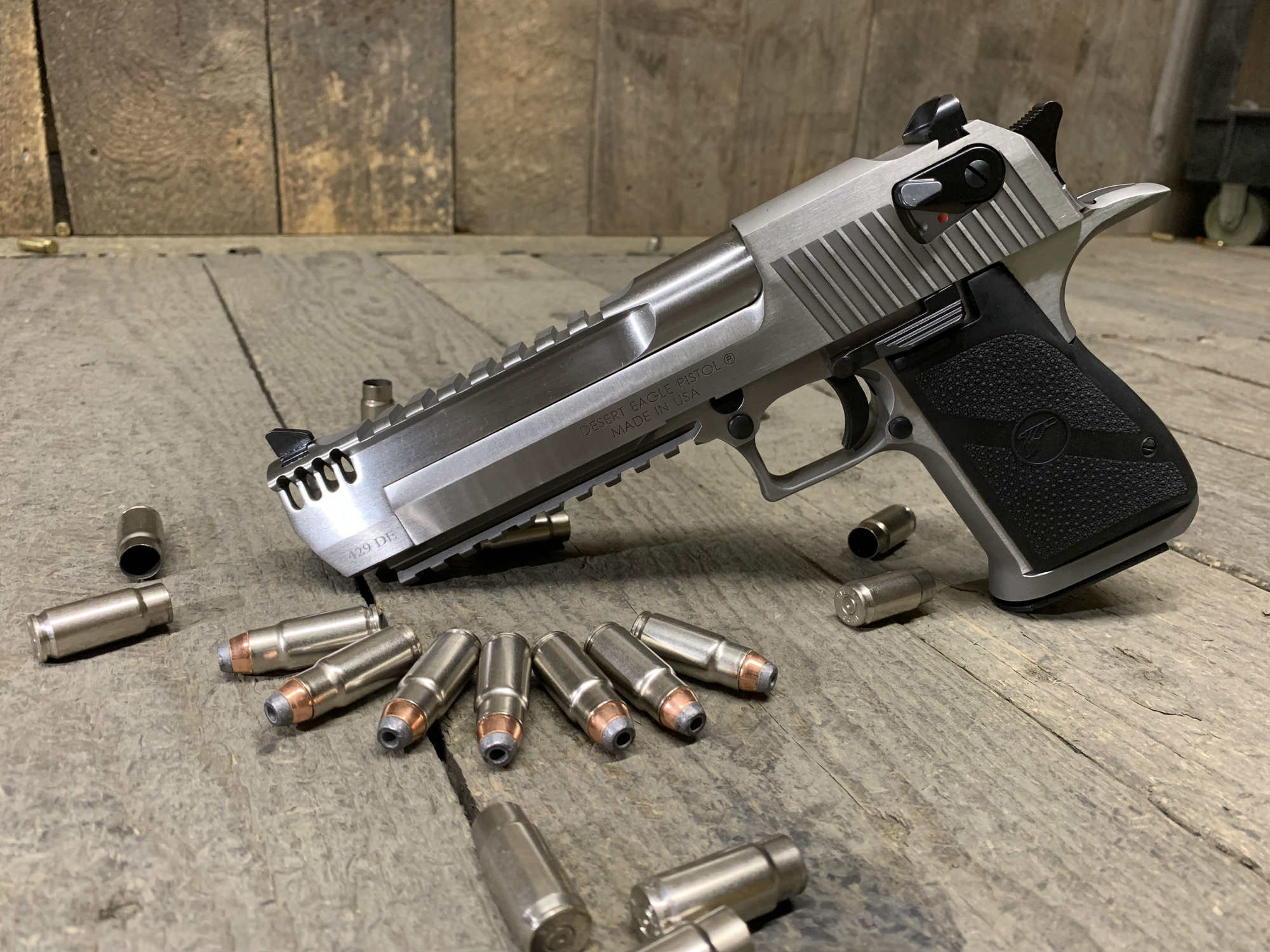 Desert-Eagle-Mark-XIX-429-de.jpg