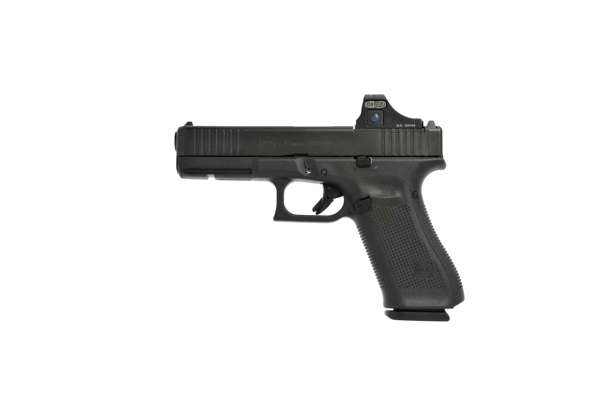 GLOCK 17 Gen5 MOS with mounted mini spotlight sighting