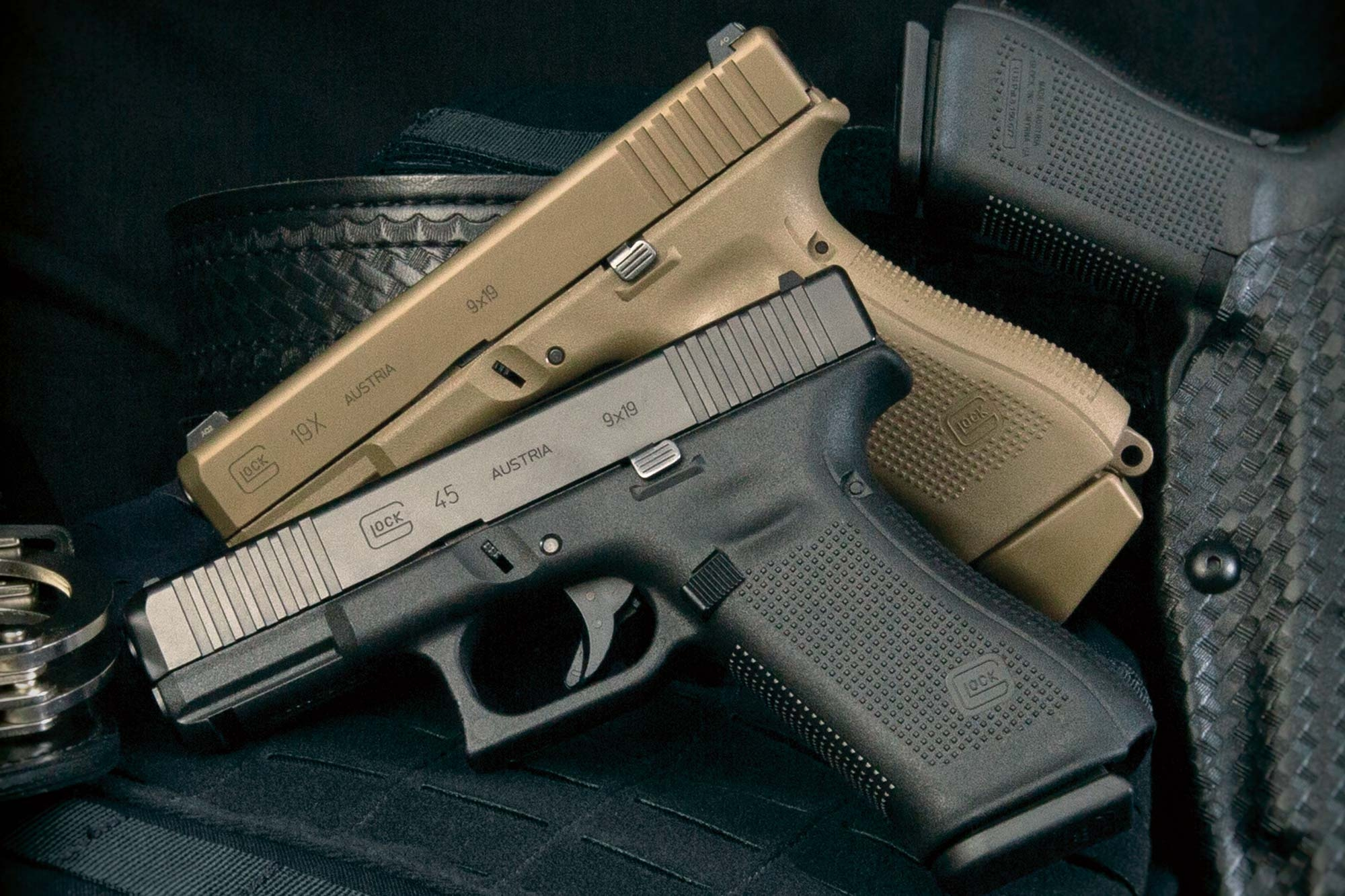 The two crossover guns from GLOCK G45 and G19X in direct comparison
