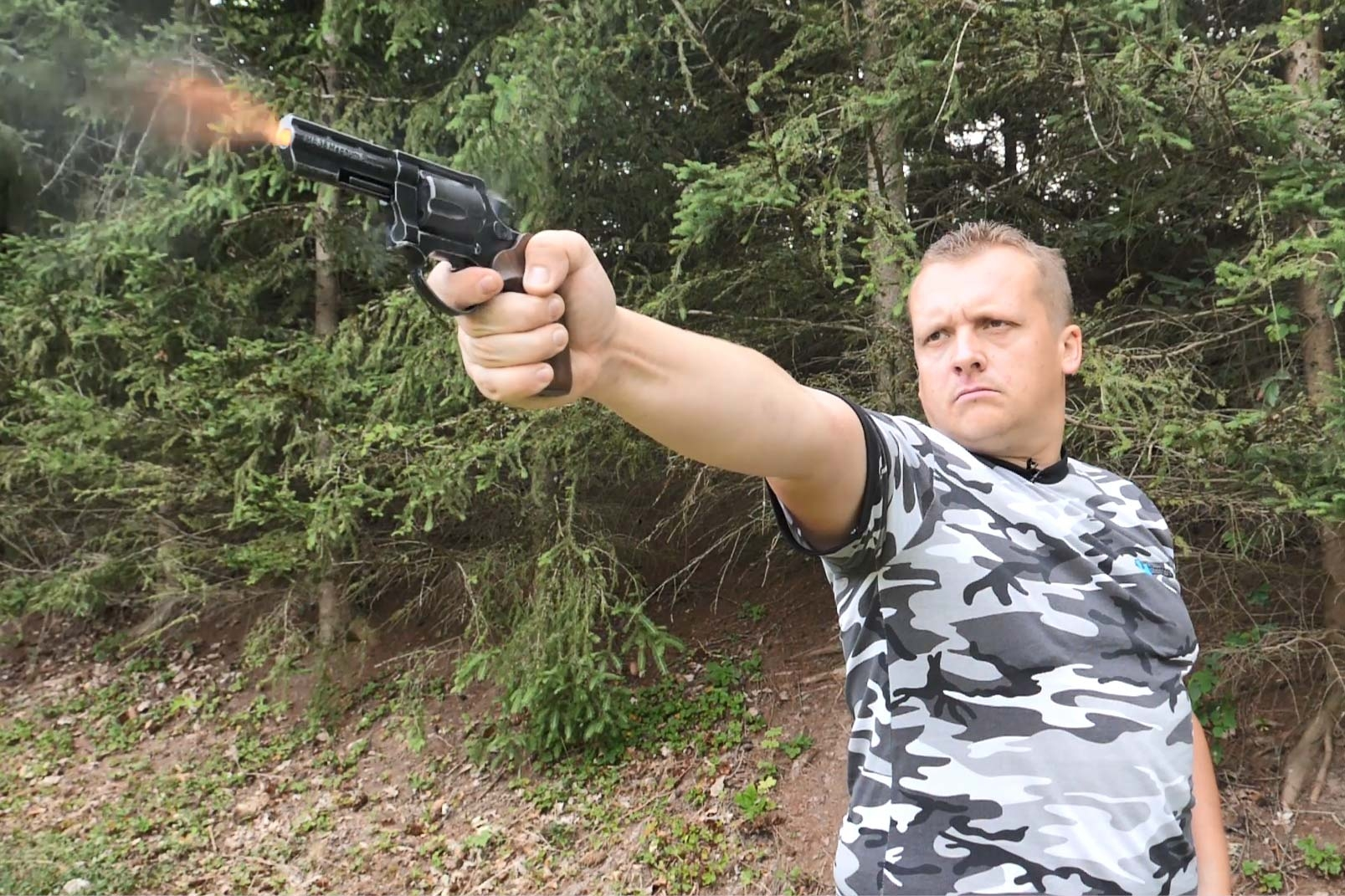 pistols: Review & engineering: Melcher ME 38 Magnum blank-firing revolver