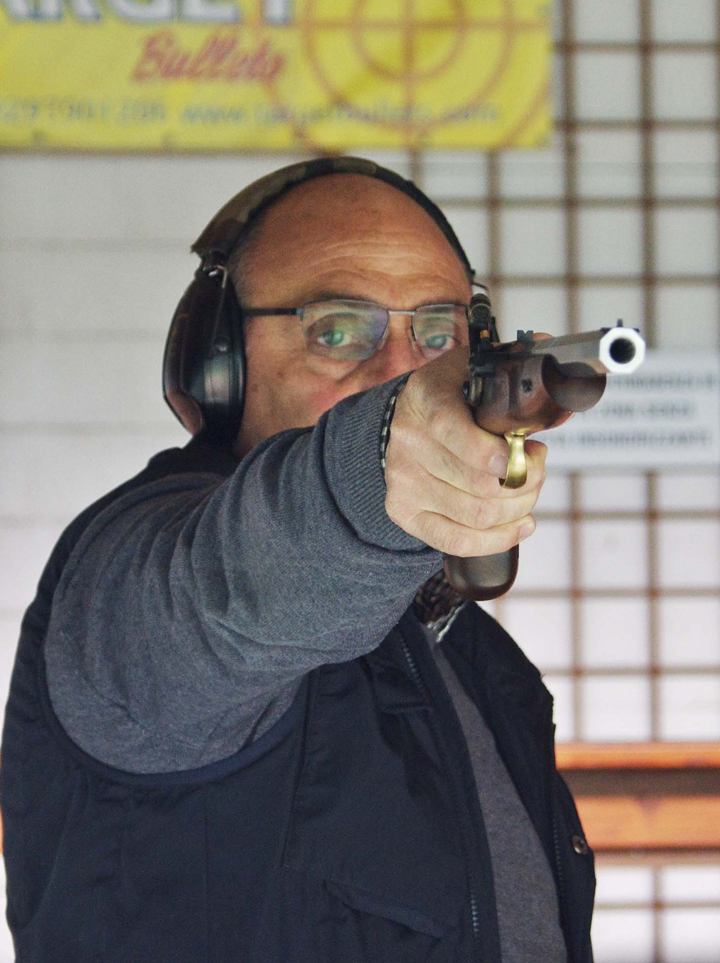 Test shooting with the Pedersoli Continental Target pistol