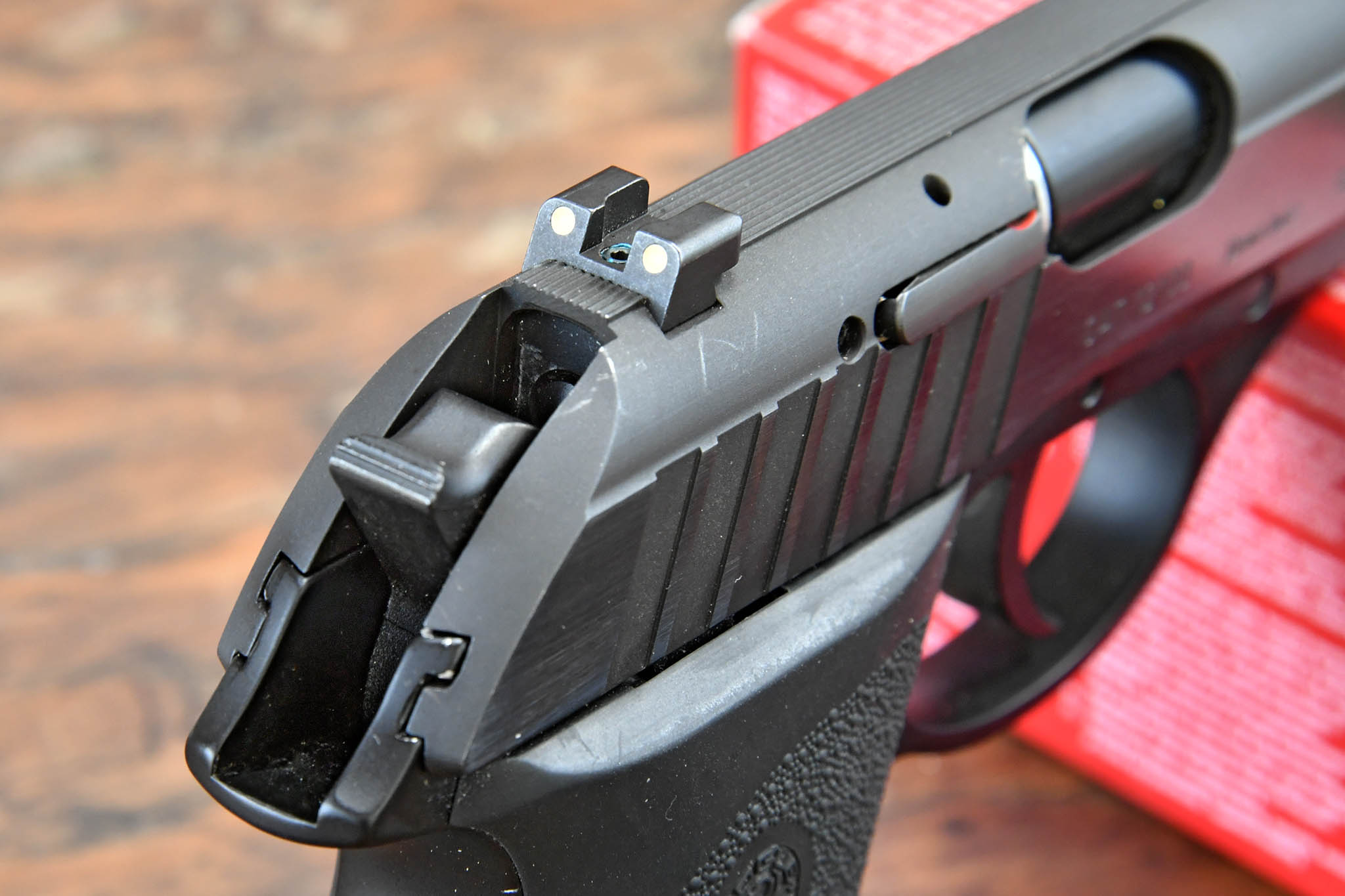 Rear fixed sight of the SIG Sauer P232