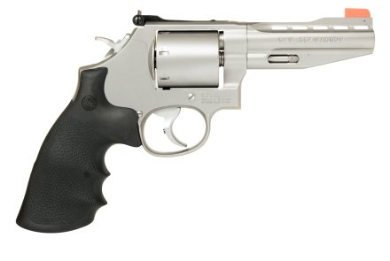 Right side of the Smith & Wesson Performance Center Model 686 in .357/.38 caliber.