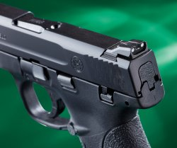 The steel sights of the Smith & Wesson M&P 9 Shield